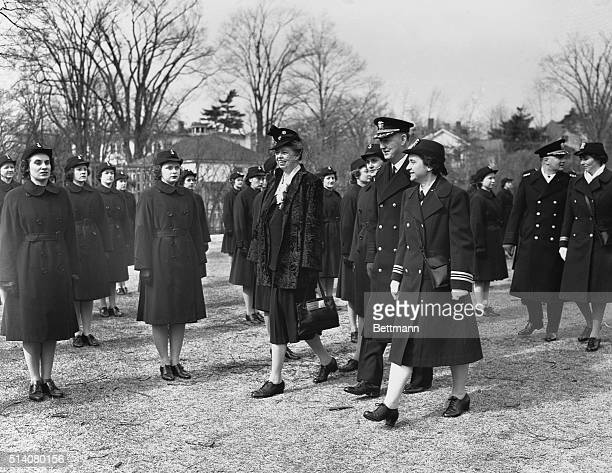 Eleanor Roosevelt visits Smith College to review the WAVES Women Accepted for Volunteer Emergency Service program | Location Northhampton...