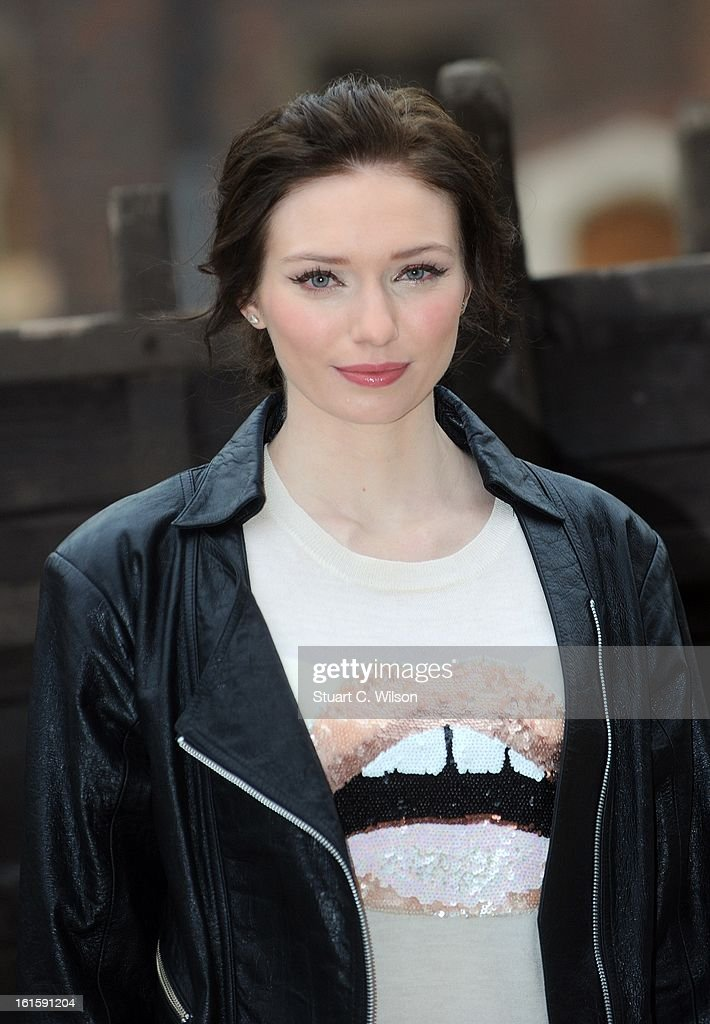 Eleanor Tomlinson attends a photocall for 'Jack The Giant Slayer' at Hampton Court Palace on February 12, 2013 in London, England.