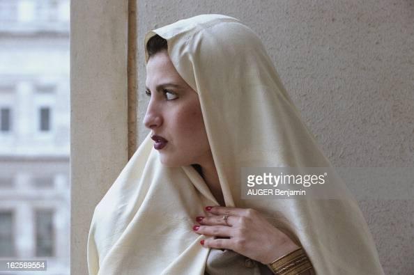 Election Of Miss Algeria 1998 A Istanbul en décembre 1997 Halima BAGAA miss Algérie 1997 la première de l'histoire est invitée au concours 'The best...