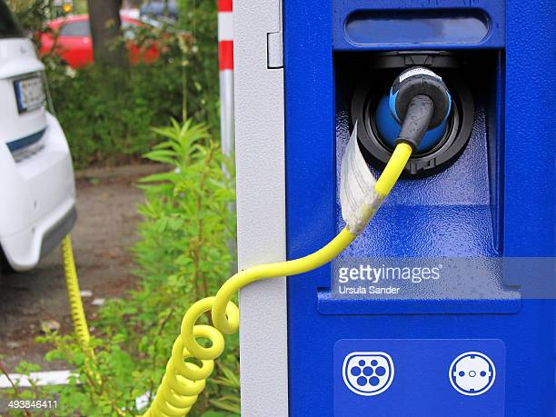 Electric car charging and charge station