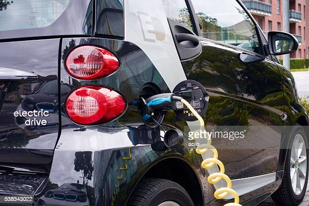 Electric car / Smart fortwo at recharging station