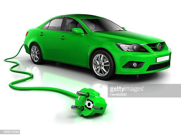 電気自動車に、ケーブル-白/クリッピングパス