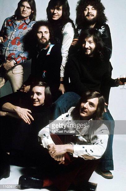 Electric Light Orchestra ELO studio group portrait UK Hugh McDowell Kelly Groucutt Bev Bevan Jeff Lynn Mik Kaminski Richard Tandy Melvyn Gale