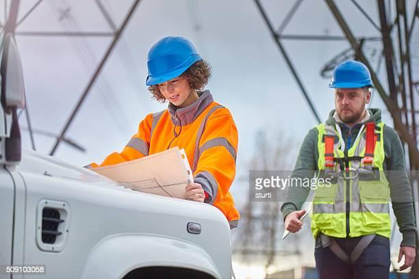 Strom Ingenieure in das Feld