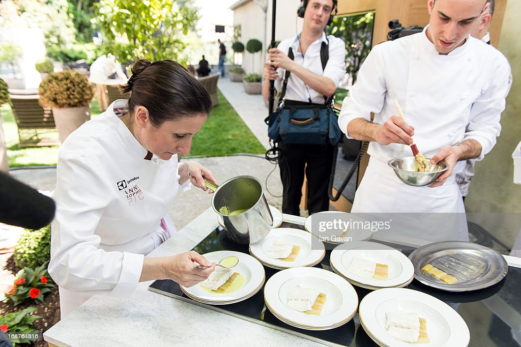 electrolux 'film festival de cannes' gala dinner preparation