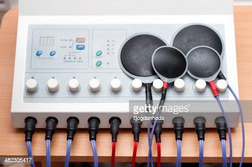 Electrostimulation dispositivo usado en el campo médico para muscular pro : Foto de stock