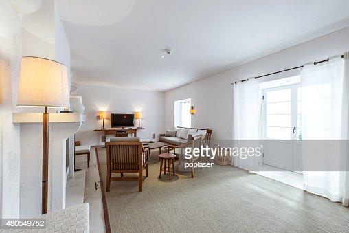 Elegante e confortável sala de estar interiores : Foto de stock