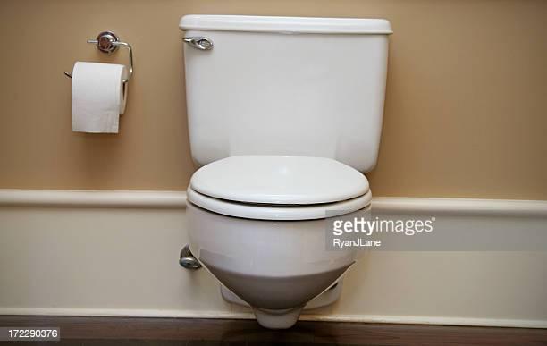 Elegante Badezimmer und WC