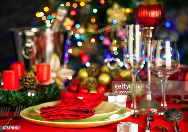 Elegante Weihnachten-Tisch-Anordnung