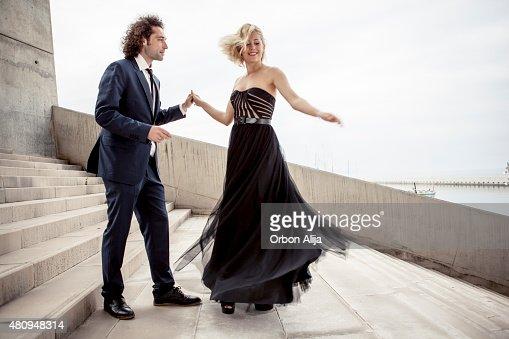 優雅なカップルダンス一緒