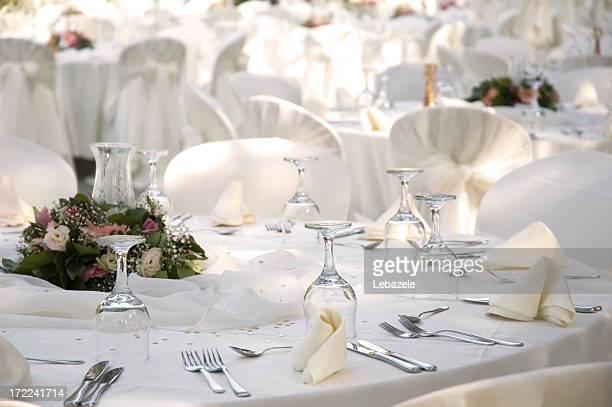 Table de dîner élégant