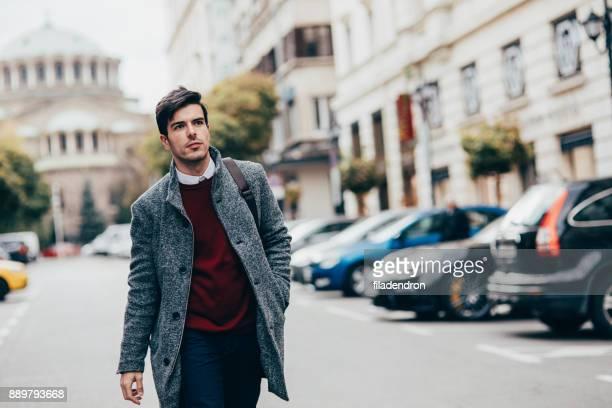 Elegante Mann in der Stadt