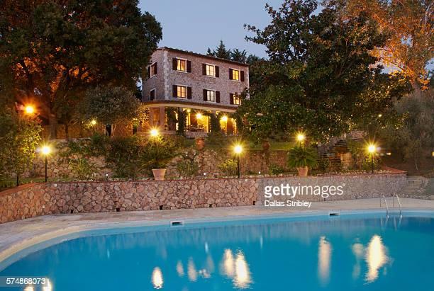 Elegant Tuscan villa with swimming pool
