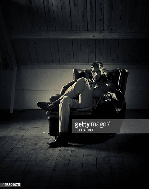 Elegante Vampiro posti a sedere in attico