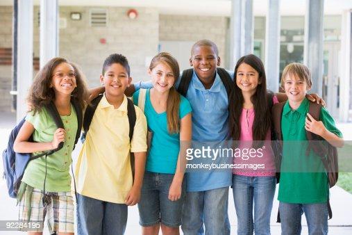 Elementary school class outside : Stock Photo