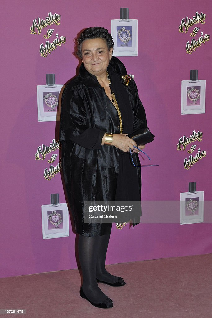 <a gi-track='captionPersonalityLinkClicked' href=/galleries/search?phrase=Elena+Benarroch&family=editorial&specificpeople=2797120 ng-click='$event.stopPropagation()'>Elena Benarroch</a> attends the presentation of the new fragrance from Alaska and Mario Vaquerizo in Madrid on November 7, 2013 in Madrid, Spain.
