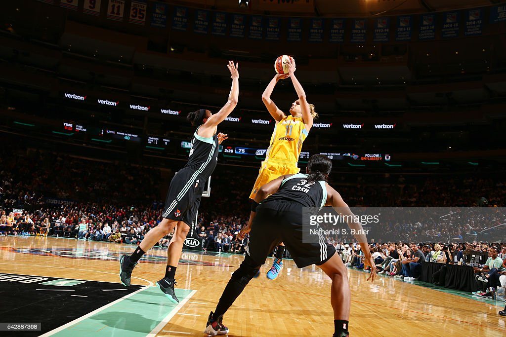 <a gi-track='captionPersonalityLinkClicked' href=/galleries/search?phrase=Elena+Delle+Donne&family=editorial&specificpeople=5042380 ng-click='$event.stopPropagation()'>Elena Delle Donne</a> #11 of the Chicago Sky shoots the ball against the New York Liberty on June 24, 2016 at Madison Square Garden in New York, New York.