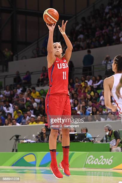 Elena Delle Donne of the USA Basketball Women's National Team shoots the ball against Canada on Day 7 of the Rio 2016 Olympic Games at Deodoro Youth...