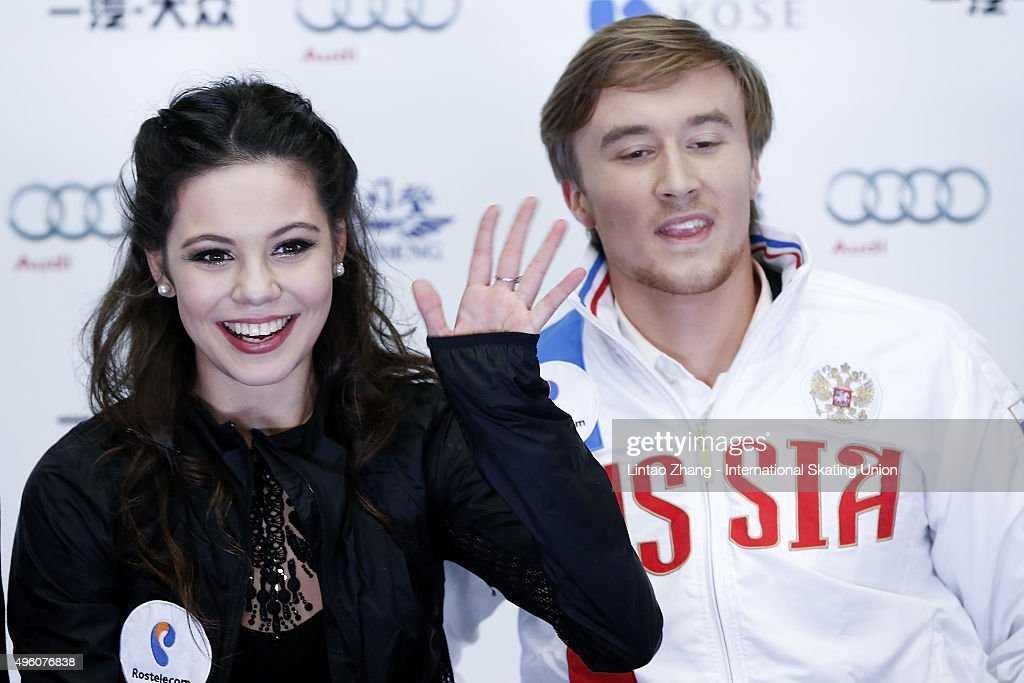 Елена Ильиных - Руслан Жиганшин - 11  - Страница 2 Elena-ilinykh-and-ruslan-zhiganshin-of-russia-reacts-after-the-ice-picture-id496076838