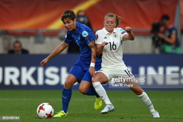 Elena Linari of Italy and Linda Dallmann of Germany compete for the ball during the UEFA Women's Euro 2017 Group B match between Germany and Italy at...