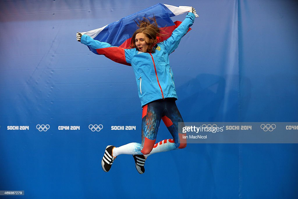<a gi-track='captionPersonalityLinkClicked' href=/galleries/search?phrase=Elena+Nikitina&family=editorial&specificpeople=10175890 ng-click='$event.stopPropagation()'>Elena Nikitina</a> of Russia celebrates her bronze medal after the Women's Skeleton Final on Day 7 of the Sochi 2014 Winter Olympics at Sliding Center Sanki on February 14, 2014 in Sochi, Russia.