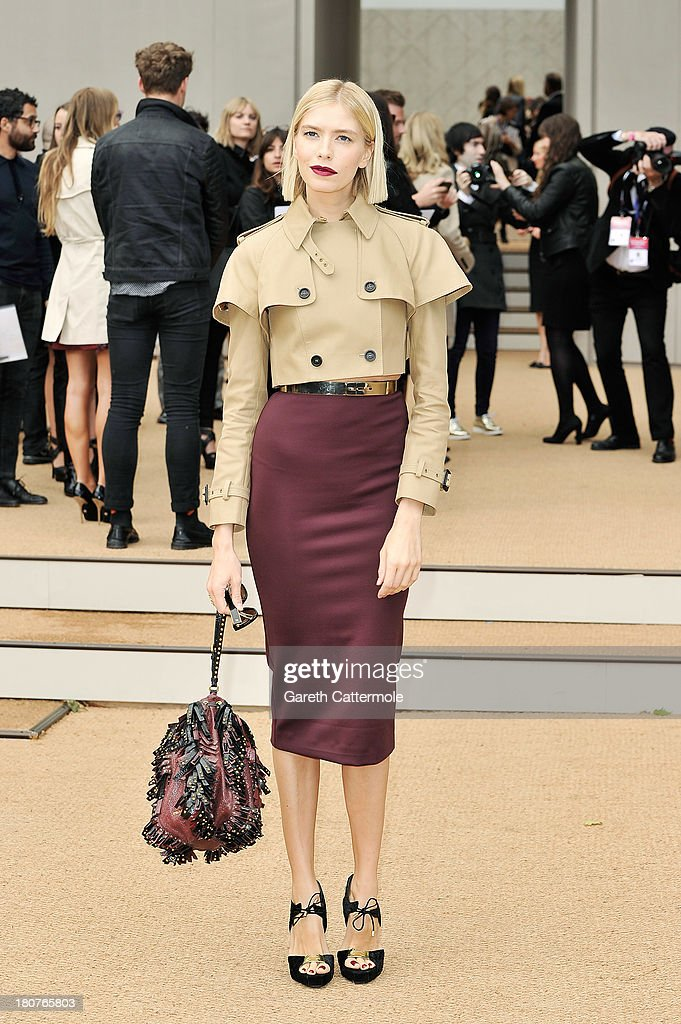 <a gi-track='captionPersonalityLinkClicked' href=/galleries/search?phrase=Elena+Perminova&family=editorial&specificpeople=6479553 ng-click='$event.stopPropagation()'>Elena Perminova</a> arrives at Burberry Prorsum Womenswear Spring/Summer 2014 show during London Fashion Week at Kensington Gardens on September 16, 2013 in London, England.