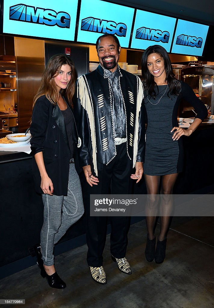 Eleni Tsavousis, Clyde Frazier and Tarah Rodgers attend MSG Network's 'Knicks Season Roundtable' at Clyde Frazier's Wine and Dine on October 25, 2012 in New York City.