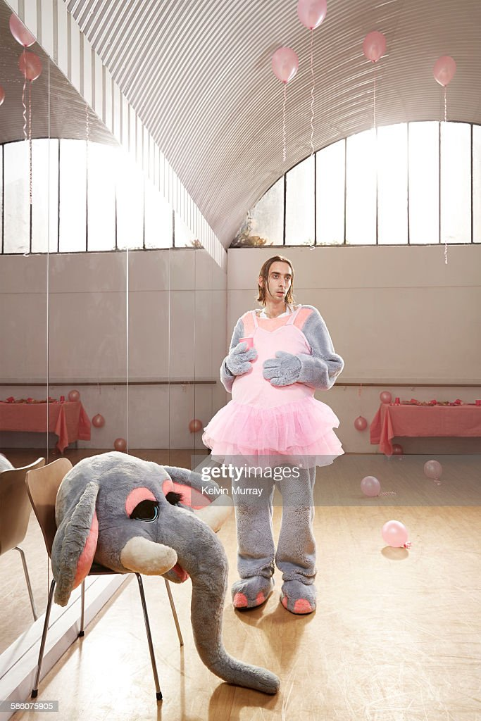 Elephant entertainer after children's party : Photo