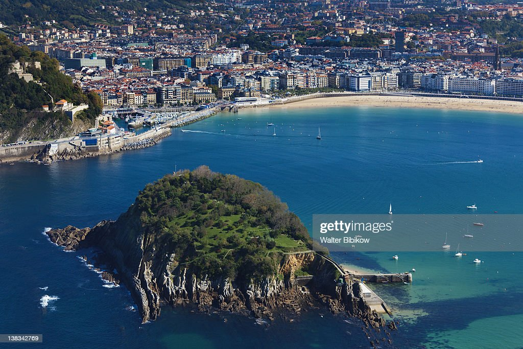 Elevated city view from Monte Igueldo : Stock Photo