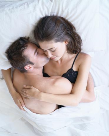 Rf Teen Couple Kissing On 65