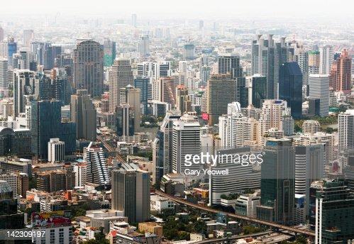 Elevated view of the city of Bangkok : Bildbanksbilder