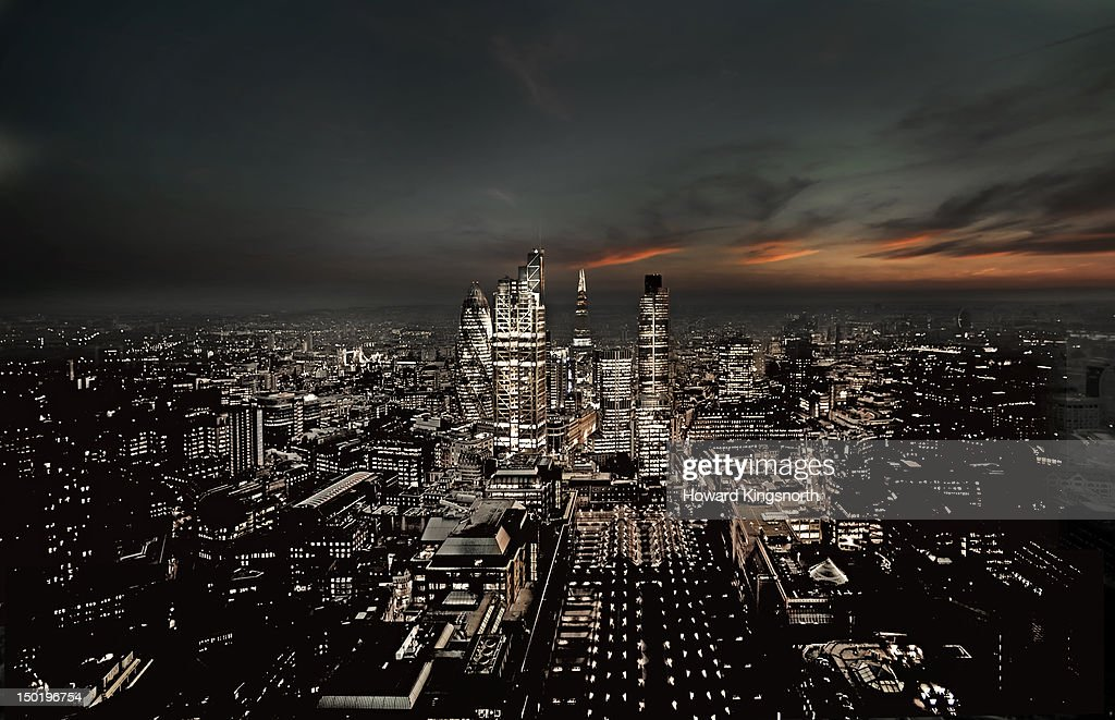 Elevated view of the City of London at night : Stock Photo