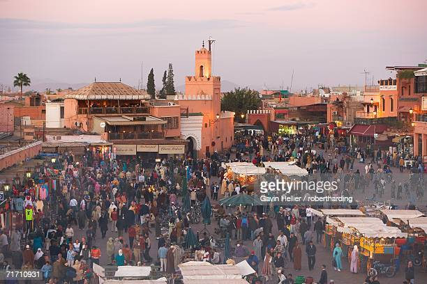 Elevated view over the Djemaa el-Fna, Marrakech (Marrakesh), Morocco, North Africa, Africa\\