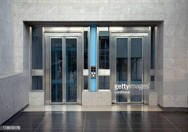 Aufzug Saal