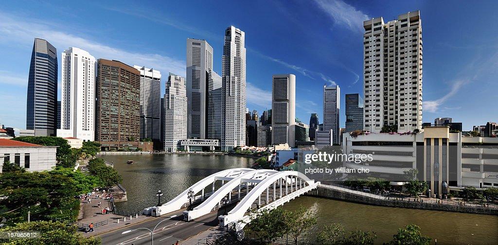 Elgin Bridge at the Singapore River