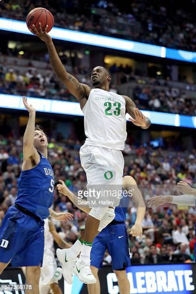 Elgin Cook of the Oregon Ducks goes up for a shot against Luke Kennard of the Duke Blue Devils in the 2016 NCAA Men's Basketball Tournament West...