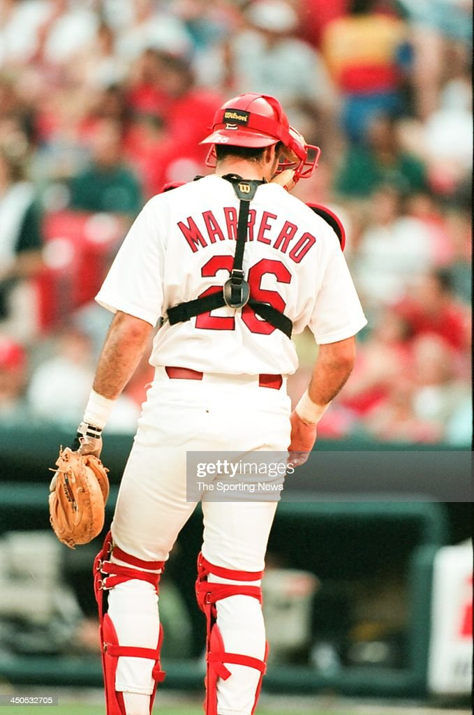 Eli Marrero of the St Louis Cardinals during the game against the Atlanta Braves at Busch Stadium on May 13 1998 in St Louis Missouri