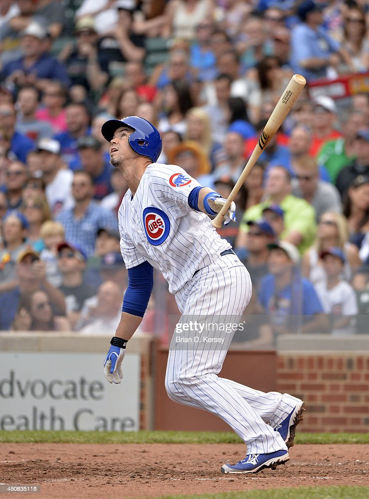 <a gi-track='captionPersonalityLinkClicked' href=/galleries/search?phrase=Eli+Whiteside&family=editorial&specificpeople=836374 ng-click='$event.stopPropagation()'>Eli Whiteside</a> #32 of the Chicago Cubs bats during the sixth inning against the Miami Marlins at Wrigley Field June 7, 2014 in Chicago, Illinois. The Cubs defeated the Marlins 5-2.