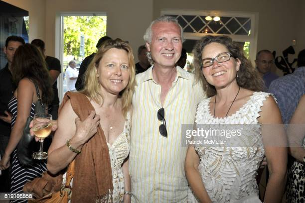 Elia Schick Frank Fiorvaliso and Lori Miller attend Andrew Levitas Opening at Mark Borghi Fine Art on July 3 2010 in Bridgehampton NY