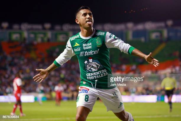Elias Hernandez of Leon celebrates after scoring the fifth goal of his team during the 15th round match between Leon and Veracruz as part of the...