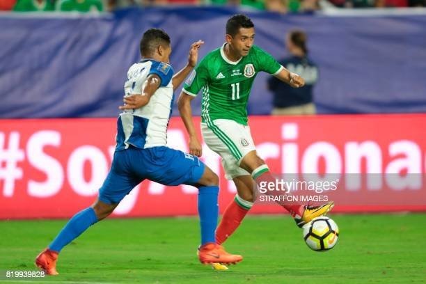 Elias Hernandez of Mexico drives the ball during the CONCACAF Gold Cup 2017 quarterfinal match between Mexico and Honduras at University of Phoenix...