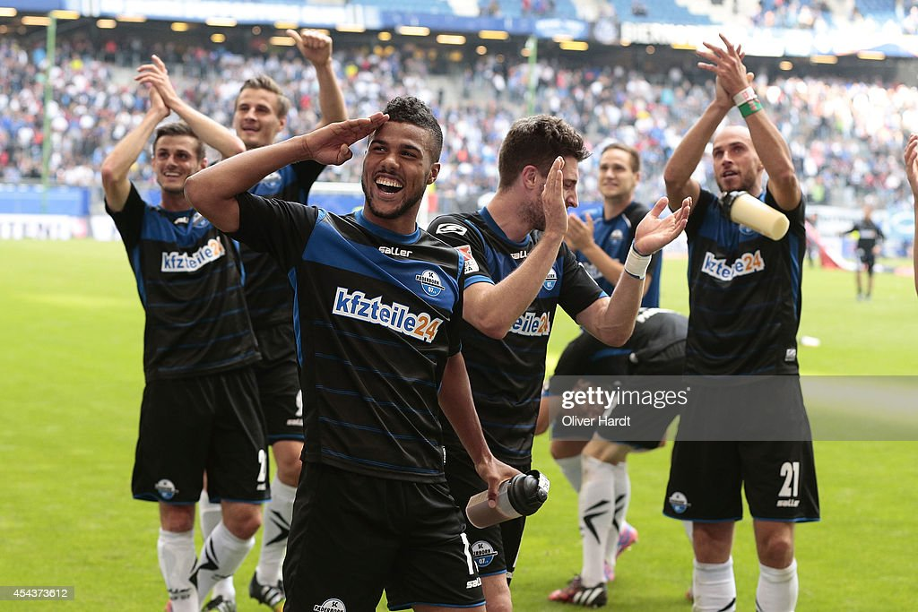 Elias Kachunga of Paderborn celebrate with the supporters after the Bundesliga match between Hamburger SV and SC Paderborn 07 at Imtech Arena on...