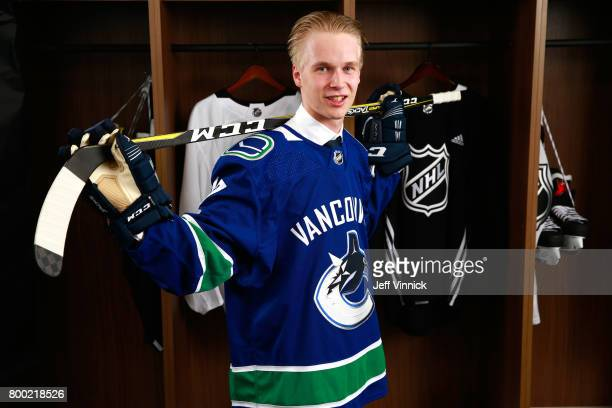 Elias Pettersson fifth overall pick of the Vancouver Canucks poses for a portrait during Round One of the 2017 NHL Draft at United Center on June 23...