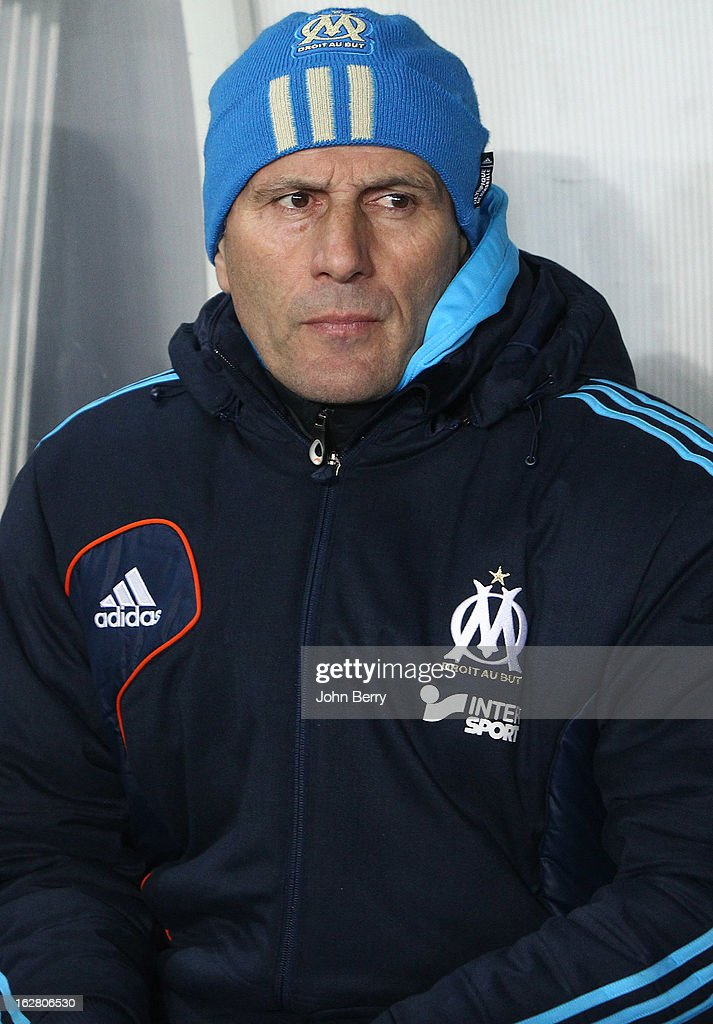 <a gi-track='captionPersonalityLinkClicked' href=/galleries/search?phrase=Elie+Baup&family=editorial&specificpeople=536928 ng-click='$event.stopPropagation()'>Elie Baup</a>, coach of OM looks on during the French Cup match between Paris Saint Germain FC and Olympique de Marseille OM at the Parc des Princes stadium on February 27, 2013 in Paris, France.