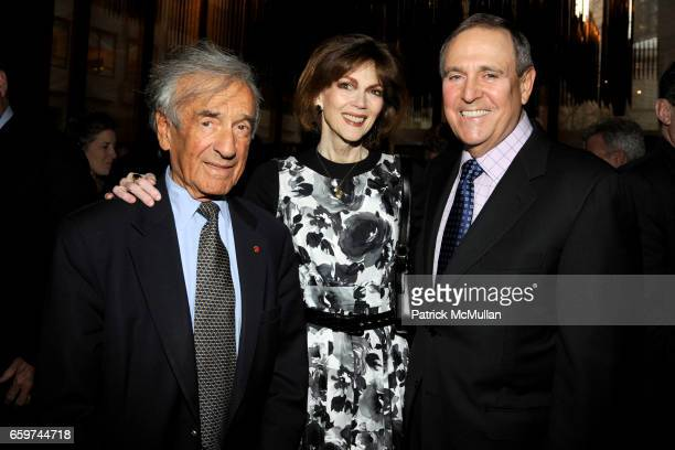 Elie Weisel Norris Church Mailer and Walter Anderson attend PARADE MAGAZINE and SI Newhouse Jr honor Walter Anderson at The 4 Seasons Grill Room on...