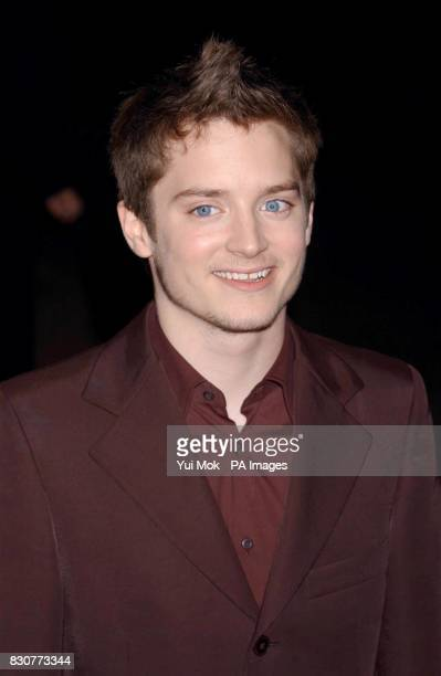 Elijah Wood who plays 'Frodo' arriving at the Odeon Leicester Square in London for the world premiere of Lord of the Rings The Fellowship of the Ring