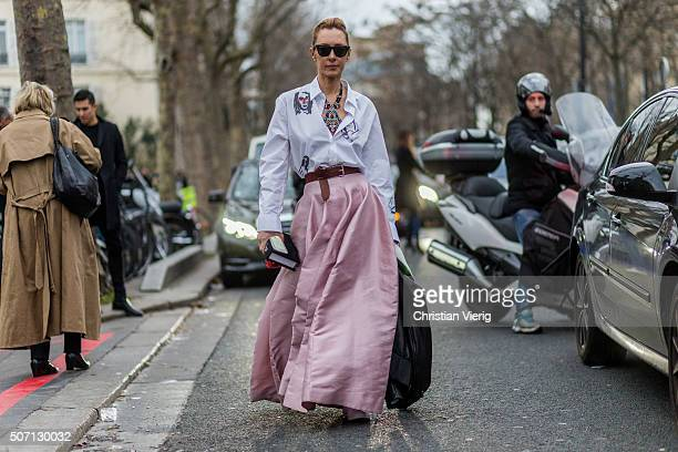 Elina Halimi outside Viktor and Rolf during the Paris Fashion Week Haute Couture Spring/Summer 2016 on January 27 2016 in Paris France