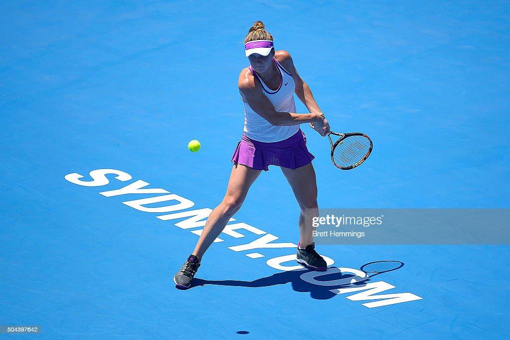Elina Svitolina Of Ukraine Plays A Back Hand Shot During Day Two The 2016 Sydney
