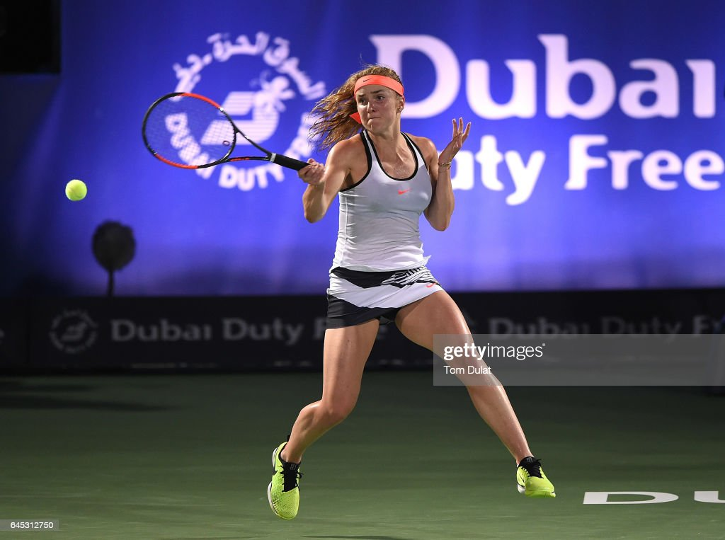 Elina Svitolina of Ukraine plays a forehand during her final match against Caroline Woznacki of Denmark on day seven of the WTA Dubai Duty Free Tennis Championship at the Dubai Tennis Stadium on February 25, 2017 in Dubai, United Arab Emirates.