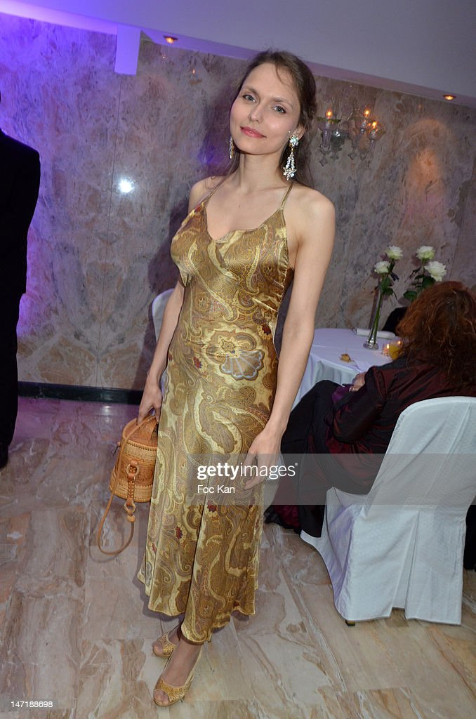 Elina Zinskaya attends the Chateau de Saint Cloud Gala Auction Dinner at the Salons Hoche on June 26, 2012 in Paris, France.